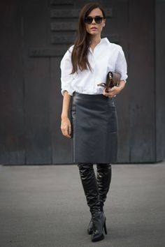The best street style to inspire your work wardrobe outfit The best street style to inspire your work wardrobe Street Style, Cool Street Fashion, White Shirt Outfits, Work Outfits, Over The Knee Boot Outfit, Work Wardrobe, Thigh Highs, Ideias Fashion, What To Wear