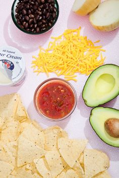 """10 Recipes You'll Still Have Time To Make When You Get Home From Work #refinery29  http://www.refinery29.com/easy-recipes-for-dinner#slide-6  Marshall's Makeshift Nachos""""This is a go-to easy dinner for my roommate and me. Usually when we have one of the items required (some tomatoes that need using up, leftover cheese from a recipe) we'll devise a plan over text: You grab some avocados from a produce cart, I'll grab some chips from CVS. These are best served with beer, though, in the spirit…"""