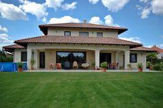 Családi ház - 2727 Dream Houses, Mansions, House Styles, Outdoor Decor, Home Decor, Dream Homes, Decoration Home, Manor Houses, Room Decor