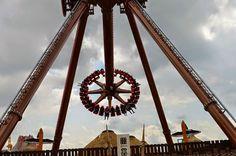Autor: Krystian Borkowski Ferris Wheel, Fair Grounds, Travel, Authors, Viajes, Destinations, Traveling, Trips