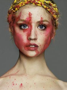 Allison Harvard from America's Next Top Model. Cycle I think. Original: [link] I don't own the photo xD Allison Harvard Allison Harvard, Portrait Photography, Fashion Photography, Powder Paint Photography, Learn Photography, Hair Photography, Foto Fashion, Fashion Braid, Fashion Art