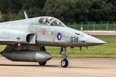 Swiss Air, Old Planes, Air Force Aircraft, Tiger Ii, Air Show, World War Ii, Den, Fighter Jets, Jets