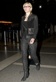 Cate Blanchett at LAX airport in Los Angeles, CA. #airport #celebrity #style #fashion #actress #looks #travel