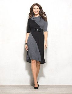 10/11/16  Brand/Designer: Dress Barn Dress Silhouette: Sweater Dress Embellishments: Belted Colorblocking Size Category: Petite