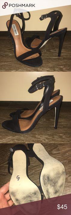 Steve Madden Black Ankle Strap Pumps 8 Gently worn Steve Madden Shoes