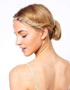 flapper headband 1920's - love the simplicity of this hair accessory - very stylish
