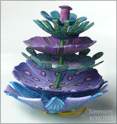 modular flowers - a workshop with carol simmons. Polymer clay sculpture by Carol Simmons