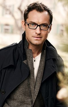 Jude Law. Hayy boyy! ;)
