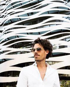 https://nizayu.com/shop  BACK TO BARCELNA  I'm wearing @avellaneda_eu club collar oxford cotton white shirt and @carrera dégradé sunnies  #av #avellaneda #avellaneda_eu #men #menstyle #menswear #luxury #luxurybrand #luxurybrands #fashion #lookoftheday #bespoke #madetoorder #madeinspain #style #mensfashion #mensstyle #gentleman #gentlemanstyle #proudlymadeinspain #barcelona by avellaneda_eu