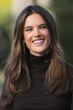 Fall/Winter hair color: Sun kissed brunette: Alessandra Ambrosio - ELLE.com