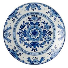 Another blue and white plate for the collection I want to put on my wall. White Dishes, White Plates, Blue Plates, Blue And White China, Love Blue, Blue China, Delft, Pottery Making, Vintage Dishes