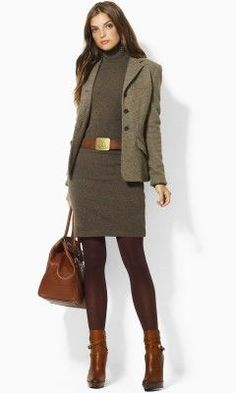 I like this outfit. Unsure about the color of the tights, and do not like the shoes