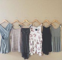 洗濯王子に学べ♡服のキレイをキープする「お手入れテク」7選 - Locari(ロカリ)