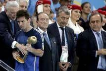 FIFA lý giải về quyết định trao Quả bóng vàng cho Messi  http://ole.vn/lich-phat-song-bong-da.html http://ole.vn/xem-bong-da-truc-tuyen.html http://xoso.wap.vn/ket-qua-xo-so-mien-bac-xstd.html http://giamcaneva.com http://ole.vn/ty-le.html http://ole.vn/tip-bong-da.html