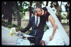 #wedding #afterwedding #groom #bride #vespa