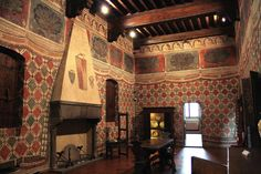 Palazzo Davanzati ~ Florence ~ mid-14th c. ~ Room known as the Parrot Room