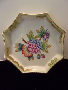 "Herend Hungary Queen Victoria Vintage Trinket Dish 4 1/4"" Hand Painted Flower #QueenVictoria #Herend"
