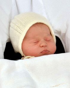 Here Are The First Pictures Of The New Royal Baby so much adorable pics