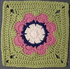 Ravelry: Scraplyn's Flower Grannie