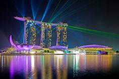 地上200mの空中庭園「マリーナベイ・サンズ」‐シンガポールの絶景・名所‐