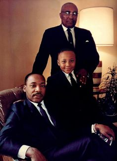 The Rev. with his father the Rev. and son Martin Luther King III. Coretta Scott King, Black History Facts, Black History Month, Martin Luther King Quotes, Atlanta, Georgia, Black Leaders, Nu'est Jr, Civil Rights Leaders