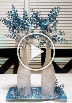 Winter Wonderland for your Home - 20 ideas for DIY winter decoration Diy Projects For Teens, Diy For Teens, Crafts For Teens, Easy Diy Projects, Wine Bottle Centerpieces, Winter Centerpieces, Diy Christmas Videos, Christmas Diy, Home Crafts