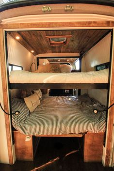 That s what s going on in quot;The Family Van quot;, a 144 Sprinter built to sleep a family of The top bunk electronically comes down from the ceiling and the bottom bunk turns into dinette seating with a table for a living room in the daytime. Van Conversion Interior, Camper Van Conversion Diy, Van Conversion For Family, Tour Bus, Van Bed, Converted Vans, Sprinter Van Conversion, Sprinter Camper, Mercedes Sprinter