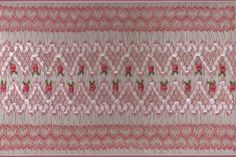 RIBBONS, ROSES AND HEARTS - free Smocking Plate