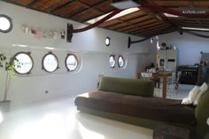 Spacious houseboat Amsterdam Centre in Amsterdam Tiny Spaces, Small Rooms, Houseboat Amsterdam, Canal Boat Interior, Barge Interior, Luxury Houseboats, Barge Boat, Caravan Decor, Boats