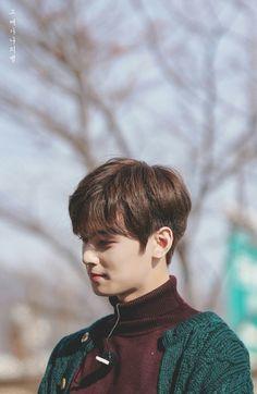 Lee Dongmin -as Cha Eunwoo ♥ Handsome Korean Actors, Handsome Boys, Park Jin Woo, Astro Wallpaper, Wallpaper Lockscreen, Cha Eunwoo Astro, Lee Dong Min, Park Seo Joon, Sanha