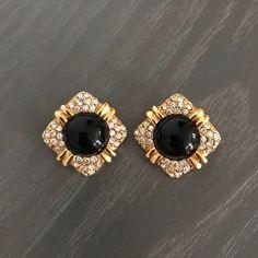 Joan Rivers Clip On Earrings Gold and Black Signed Jewelry Design Earrings, Gold Earrings Designs, Gold Jewellery Design, Rose Gold Earrings, Necklace Designs, Pendant Jewelry, Gold Jewelry, Jewlery, Antique Earrings