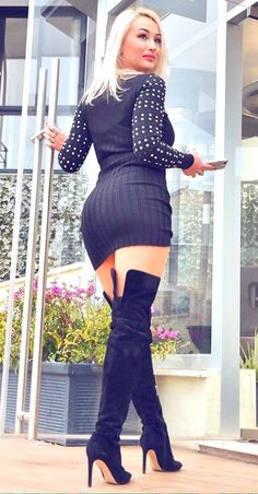Sexy Girls in Sexy Dresses (Posts tagged mini dress) Tight Dresses, Sexy Dresses, Thigh High Boots Heels, Heeled Boots, High Heels, Dress Skirt, Bodycon Dress, Cute Girl Photo, Elegant Wedding Dress