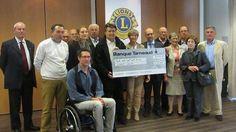 Le Lions club faisait sa remise annuelle de dotations aux associations, jeudi, au Mercure. 30 700 € ont ainsi été distribués à vingt associa...