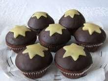 Vianočné mafiny Marzipan, Muffins, Xmas, Breakfast, Food, Christmas Recipes, Cupcake, Basket, Cacao Powder