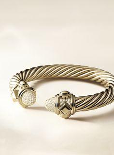 Renaissance bracelet in 18k gold with diamonds.