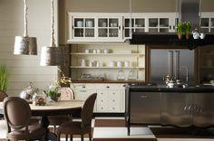 Marchi Group - Opera Cucina su misura - Cucina in legno massello di Rovere - Cucina neoclassica