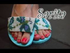 Chinelo decorado: Manta de pérolas ponto peyote