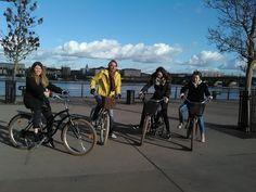 Un break sur les quais #Bordeaux par une belle journée de janvier. #BdxBikeTour #VisiterBordeaux #Tour