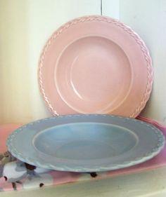 Vintage Vernon Kilns Bowls Pastel Pink Blue 1950s by IcicleGarden