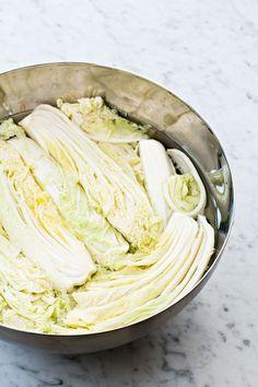 kimchi-salladskål Asian Recipes, Keto Recipes, Healthy Recipes, Asian Kitchen, Korean Food, Kimchi, Easy Cooking, Cabbage, Recipies