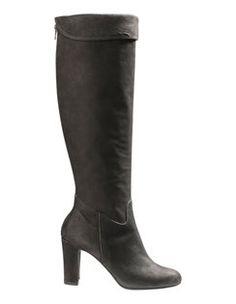 Damen Lederstiefel mit hohem Absatz, Profilsohle und Steppung. #madeleinefashion Ballerinas, Pumps, Heels, Trends, Heeled Boots, Fashion, Shoes, Shoe, Mocassin Shoes