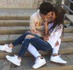Image about cute in couple goals😘😫🙏 by Alexis Bain Couple Bi, Couple Fotos, Photo Couple, Couple Goals Relationships, Relationship Goals Pictures, Couple Relationship, Boyfriend Goals, Future Boyfriend, Parejas Goals Tumblr