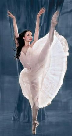 Xiao Nan Yu performing at the National Ballet's inaugural celebration ~