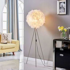 Pauline - tripod floor lamp with feather décor Interior Styling, Interior Design, Standard Lamps, Led Floor Lamp, Led Lampe, Light Decorations, Feather, Flooring, Room