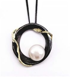 Nardi Design Jewellery is inspired by natural life around us, crafted in sterling silver and incorporating freshwater pearls and /or crystal high lights. China Mugs, Natural Life, Fresh Water, Rattan, Bath And Body, Jewelry Design, Pearl Earrings, Pendants, Lights