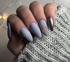 Want some ideas for wedding nail polish designs? This article is a collection of our favorite nail polish designs for your special day. Read for inspiration Cute Christmas Nails, Xmas Nails, Glitter Nails, Colorful Nail Designs, Short Nail Designs, Fancy Nails, Cute Nails, Nail Polish Designs, Nail Art Designs