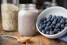 Kelly LeVeque's Fab Four Blueberry Muffin Smoothie | InStyle.com
