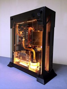 Interesting how they used water cooling inside the relatively thin Lian Li… Gaming Pc Build, Pc Gaming Setup, Computer Build, Gaming Pcs, Computer Setup, Pc Setup, Desk Setup, Computer Case, Gaming Computer