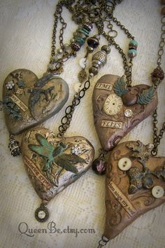 Altered Mixed Media Gypsy Jewelry Altered Necklace door QueenBe