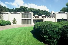 Wonderful museum in Washington, DC--art ranges from Monet to Picasso exhibited in a Philip Johnson designed building